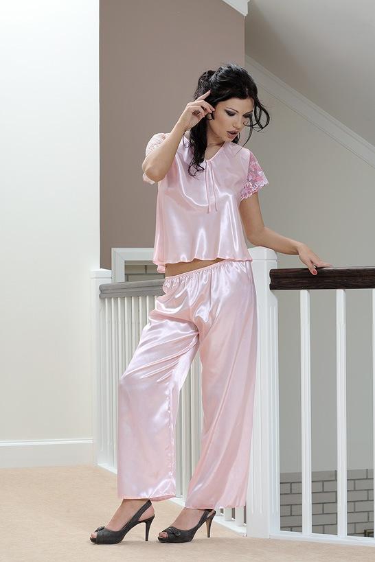 3f167c3161ce Dámske saténové pyžamo Ewa ružové
